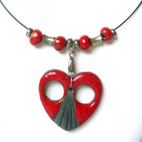 Collier cœur rouge et noir flamboyant