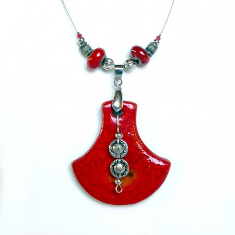 Collier original rouge lumineux