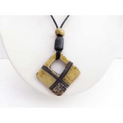 Collier carré réglable jaune et noir raku