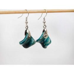 Boucles d'oreilles feuilles petits tortillons bleus turquoises