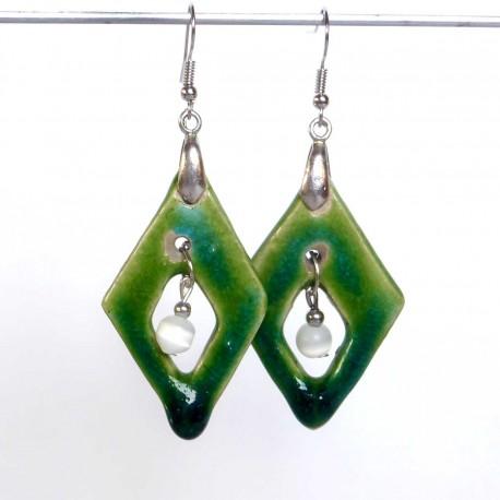 Boucles d'oreilles légères losanges verts
