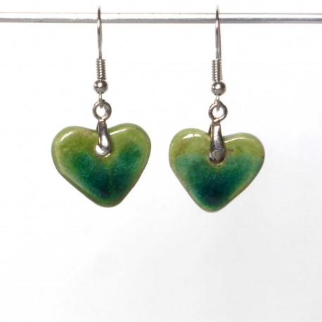 Boucles d'oreilles petits cœurs verts