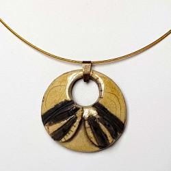 Collier artisanal rond jaune et noir 049c50c27e62