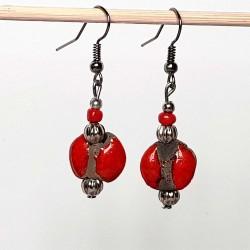 Boucles d'oreilles ethniques lumineuses en rouge et noir