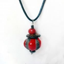 Collier boule  réglable rouge et noir raku