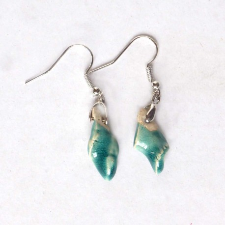 Boucles d'oreilles turquoises petites et légères