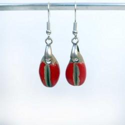 Boucles d'oreilles grains de café rouges lumineux