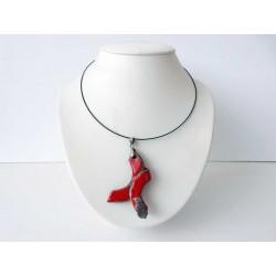 Collier fantaisie rouge vif et noir