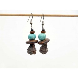 Boucles d'oreilles pendantes céramique et graines eucalyptus