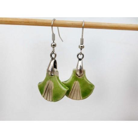 Boucles d'oreilles éventail vertes et légères